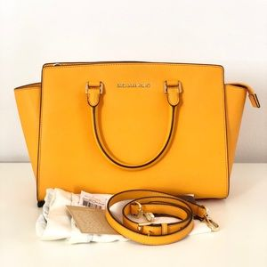 Micheal Kors Yellow Medium Selma Bag